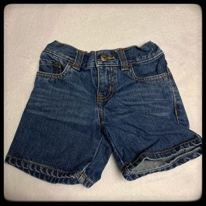 OshKosh girls 3T jean shorts EUC